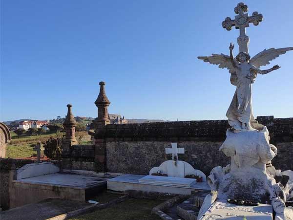 Cementerio Comillas - Visitar Comillas en un día - Ilutravel.com