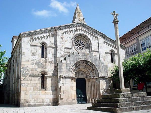 Colegiata de Santa María del Campo A Coruña - Turismo en A Coruña - Ilutravel.com