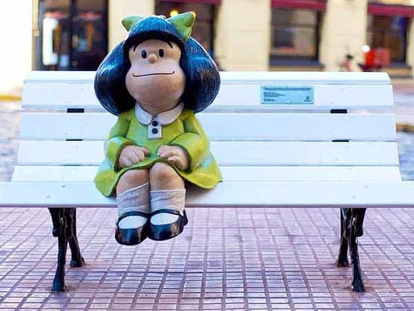Estatua de Mafalda de Buenos Aires - Turismo por Buenos Aires - Ilutravel.com