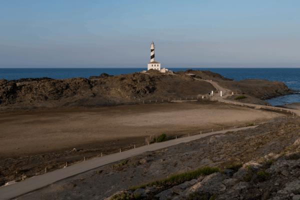 Faro de Favàritx Menorca - Sitios bonitos para hacer turismo en Menorca - Ilutravel.com
