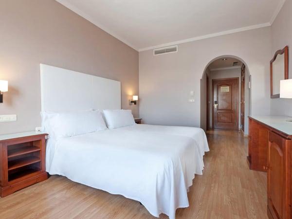 Hotel Tryp Melilla buen hotel para alojarse de negocios