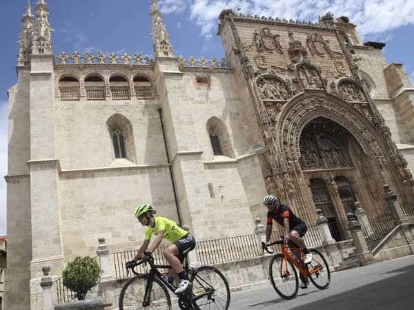 IGlesia Santa Maria Aranda - Ver Aranda de Duero en un día - Ilutravel.com