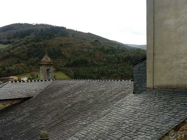 Iglesia San Martin Taramundi - Ver Taramundi de turismo - Ilutravel.com