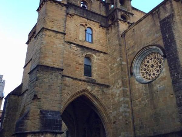 Iglesia San Vicente de San Sebastian - Sitios que ver en San Sebastián 2 días - Ilutravel.com