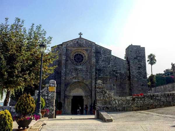 Iglesia Santa MAría Baiona - Sitios para visitar en Baiona de turismo - Ilutravel.com