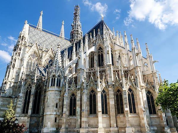 Iglesia Votiva Viena - Ver Viena ruta para 2 días de viaje - Ilutravel.com