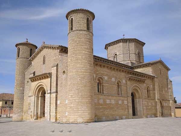 Iglesia de San Martín de Tours de Fromista - Ver Fromista en un día de turismo -Ilutravel.com