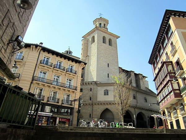 Iglesia de San Saturnino de Pamplona - Que ver en Pamplona de turismo - Ilutravel.com