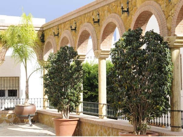 Iglesia de Santa Maria Mojacar - Sitios de interés para visitar en Mojácar - Ilutravel.com