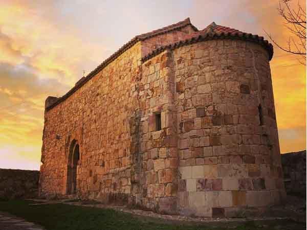 Iglesia de Santiago de los Caballeros de Zamora - Zamora en un día de viaje - Ilutravel.com
