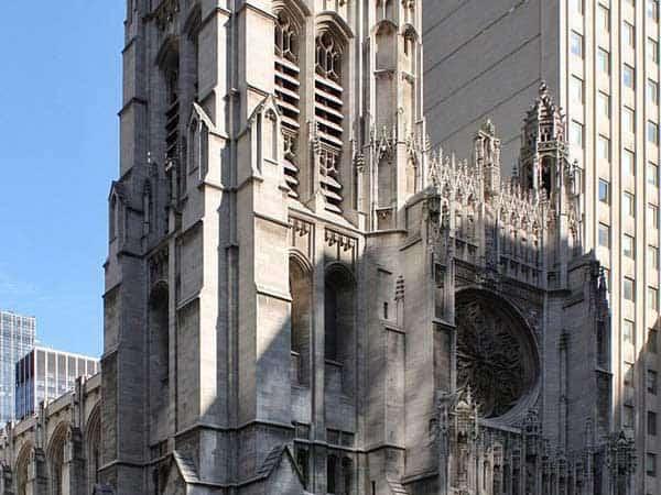 Iglesia deSanto Tomás de Nueva York - Lugares para hacer turismo en Nueva York - Ilutravel.com