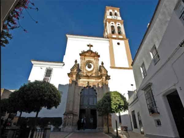 Iglesia de la Encarnación de Marbella - Sitios para visitar de turismo en Marbella - Ilutravel.com