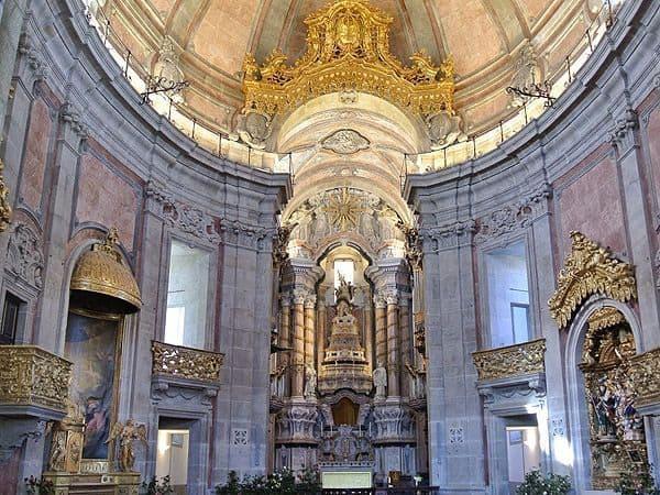Iglesia de los Clerigos Oporto - De turismo por Oporto todo lo que hacer - Ilutravel.com