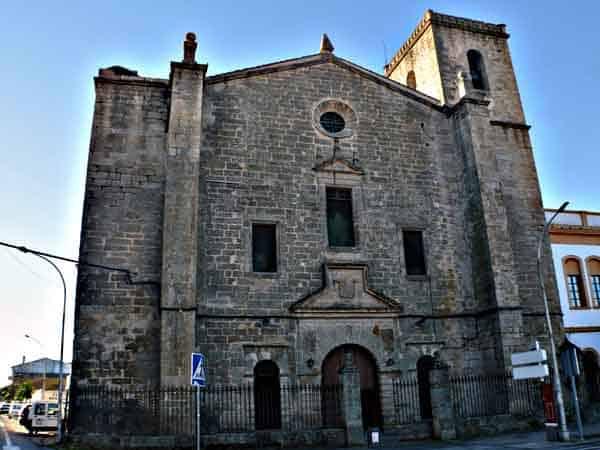 Iglesia y Convento de la Encarnación de Trujillo - Qué ver en Trujillo en un día - Ilutravel.com