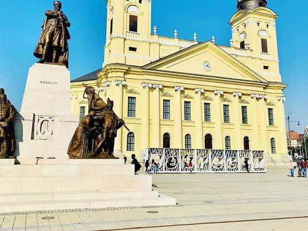 Kossuth Square Debrecen - Visitar Debrecen en un día de turismo - Ilutravel.com