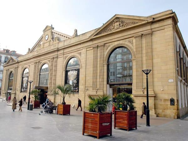Mercado La Bretxa de San Sebastián - Que ver en San Sebastían en 2 días - Ilutravel.com