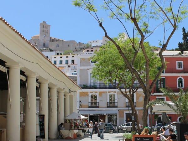 Mercat Vell Ibiza - Ver Ibiza Isla y ciudad - Ilutravel.com