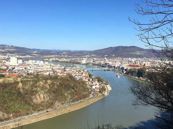 Mirador de Franz Josefs Warte Linz - Sitios de interés turísticos de Linz - Ilutravel.com