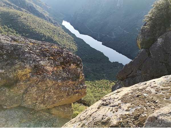 Mirador del Colagón del Tío Paco de las ARribes del Duero - Sitios qué visitar en las Arribes del Duero - Ilutravel.com