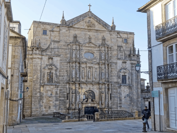 Monasterio e Iglesia de San Martiño lugar que ver en Santiago de Compostela - Ilutravel.com