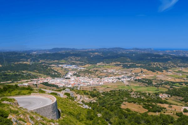 Monte Toro de Menorca Vistas 7 días en la Isla - Ilutravel.com