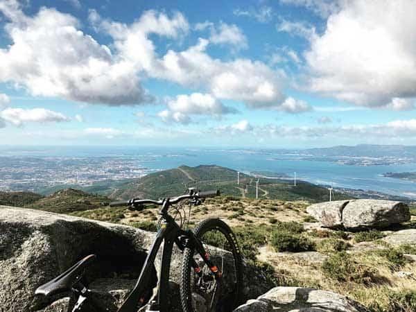 Monte Xiabre cerca de CAtoira - Ilutravel.com