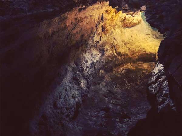 Monumento Natural La Corona Lanzarote - Visitar Lanzarote haciendo turismo - Ilutravel.com
