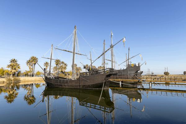 Muelle de las Carabelas de Huelva - De Viaje por Huelva en un día - Ilutravel.com