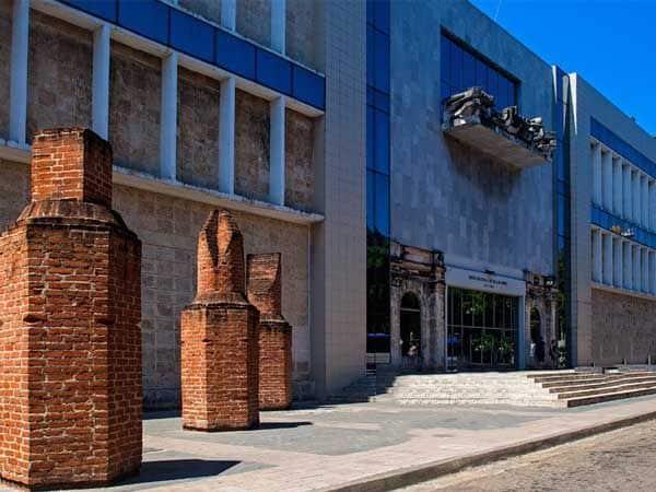 Museo Bellas Artes de La Habana - Ver La Habana en 2 días - Ilutravel.com