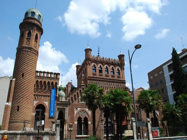 Palacete Laredo de Alcalá de Henares - Qué ver en Alcalá de Henares - Ilutravel.com