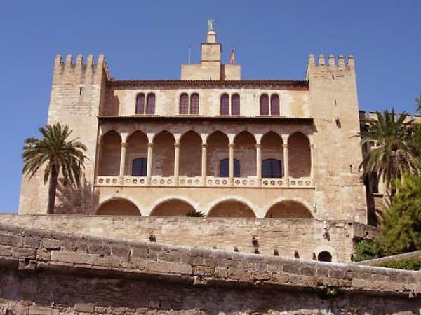 Palacio Almudaina de Palma de Mallorca - Turismo en Palma de Mallorca - Ilutravel.com