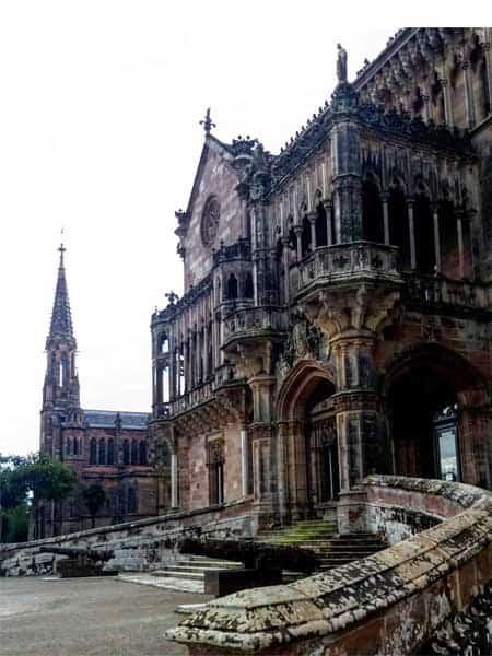 Palacio Sobrellano Comillas - Qué ver en Comillas sitios de interés - Ilutravel.com