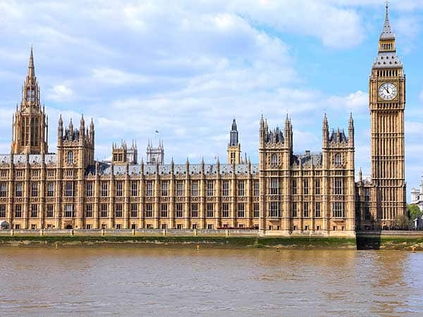 Palacio Westminster Londres - Que ver en Londres para 4 días - Ilutravel.com