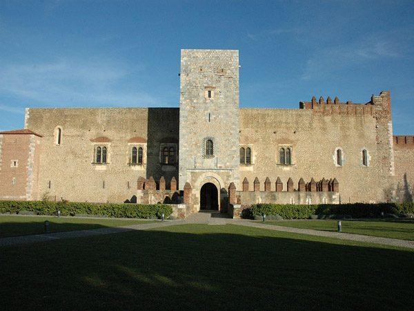 Palacio de los Reyes de Mallorca de Perpignan lugar que visitar - Ilutravel.com