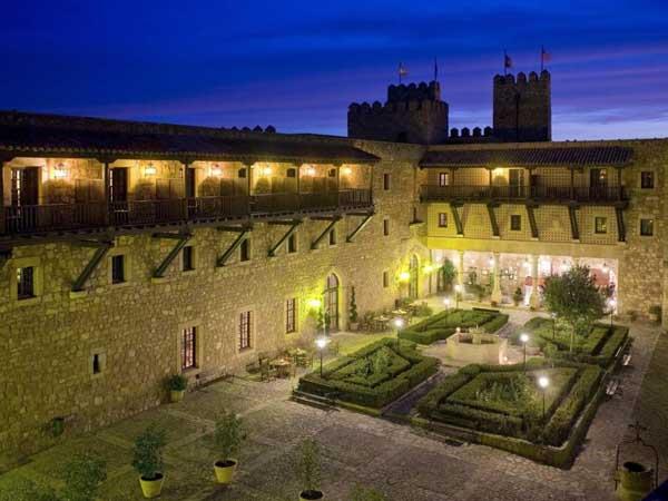 Parador Siguenza - Sitios de interés turístico de Sigüenza - Ilutravel.com