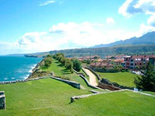 Paseo San Pedro de Llanes - que ver en Llanes - Ilutravel.com
