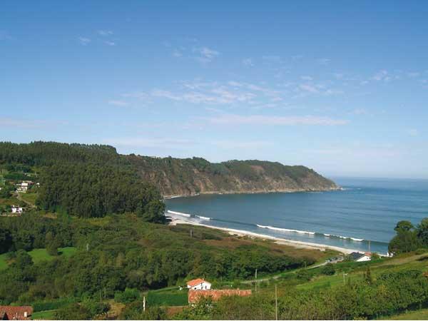 Playa Concha Artedo de Cudillero - Ver Cudillero en un día - Ilutravel.com