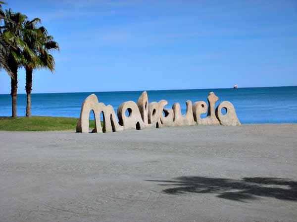 Playa La Malagueta de Málaga - Visitar haciendo turismo Málaga - Ilutravel.com
