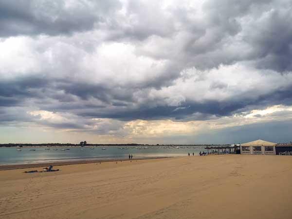 Playa de la Calzada Sanlucar - Qué ver en Sanlúcar de Barrameda de turismo - Ilutravel.com