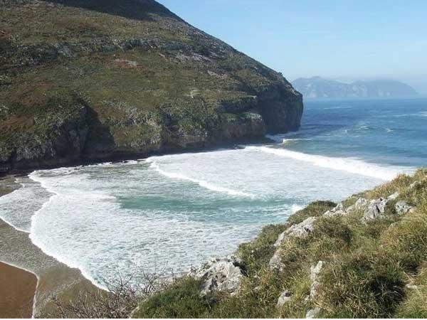 Playa del Arenal de Cantabria - Top de playas de cantabria - Ilutravel.com