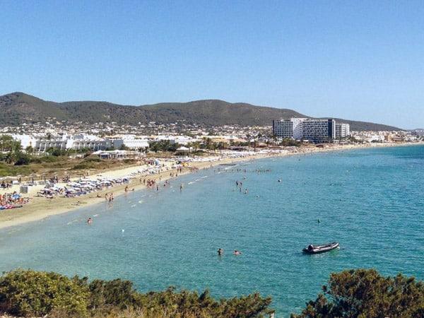 Playa d'en Bossa de Ibiza - Sitios que visitar en IBiza - Ilutravel.com