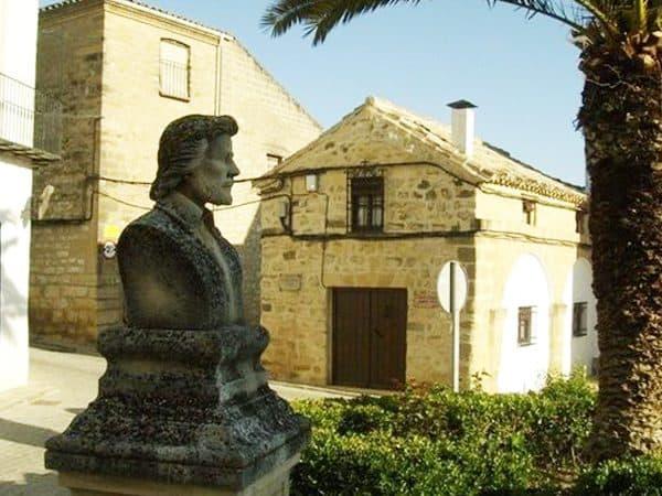 Plaza Alonso de Vandelvira Sabiote de viaje