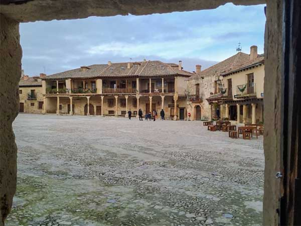 Plaza Mayor Pedraza - Visitar Pedraza de turismo - Ilutravel.com