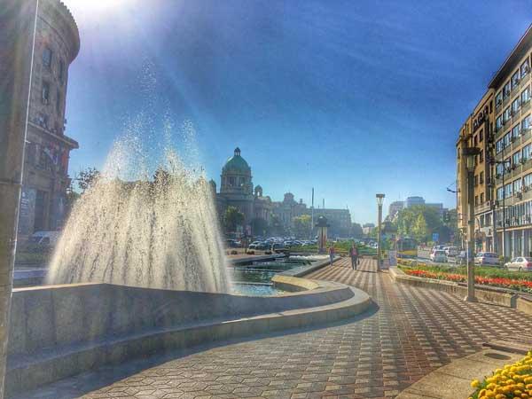 Plaza Nikola Pasic de Belgrado - Todo lo que ver en Belgrado en 2 días - Ilutravel.com