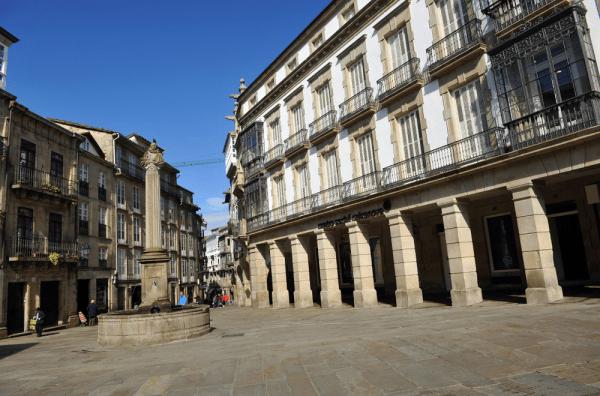 Plaza de Cervantes de Santiago de Compostela lugar que ver en 2 días - Ilutravel.com