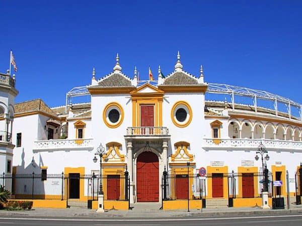 Plaza de Toros de la Maestranza de Sevilla, sitio que visitar en dos días - Ilutravel.com
