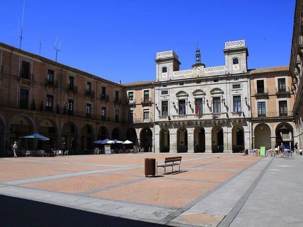 Plaza del Mercado Chico de Ávila - lugar que visitar un día - Ilutravel.com