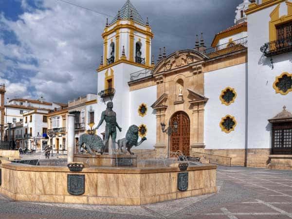 Plaza del Socorro de Ronda - Lugar para ver y visitar