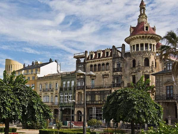 Plaza españa Ribadeo - Sitios para visitar en Ribadeo - Ilutravel.com