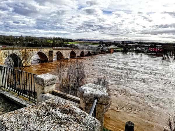 Puente Medieval Tordesillas - Ver Tordesillas haciendo turismo - Ilutravel.com